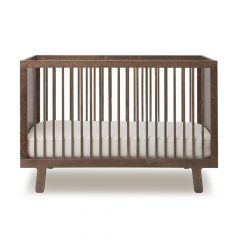 Oeuf NY Ledikant Sparrow in walnut