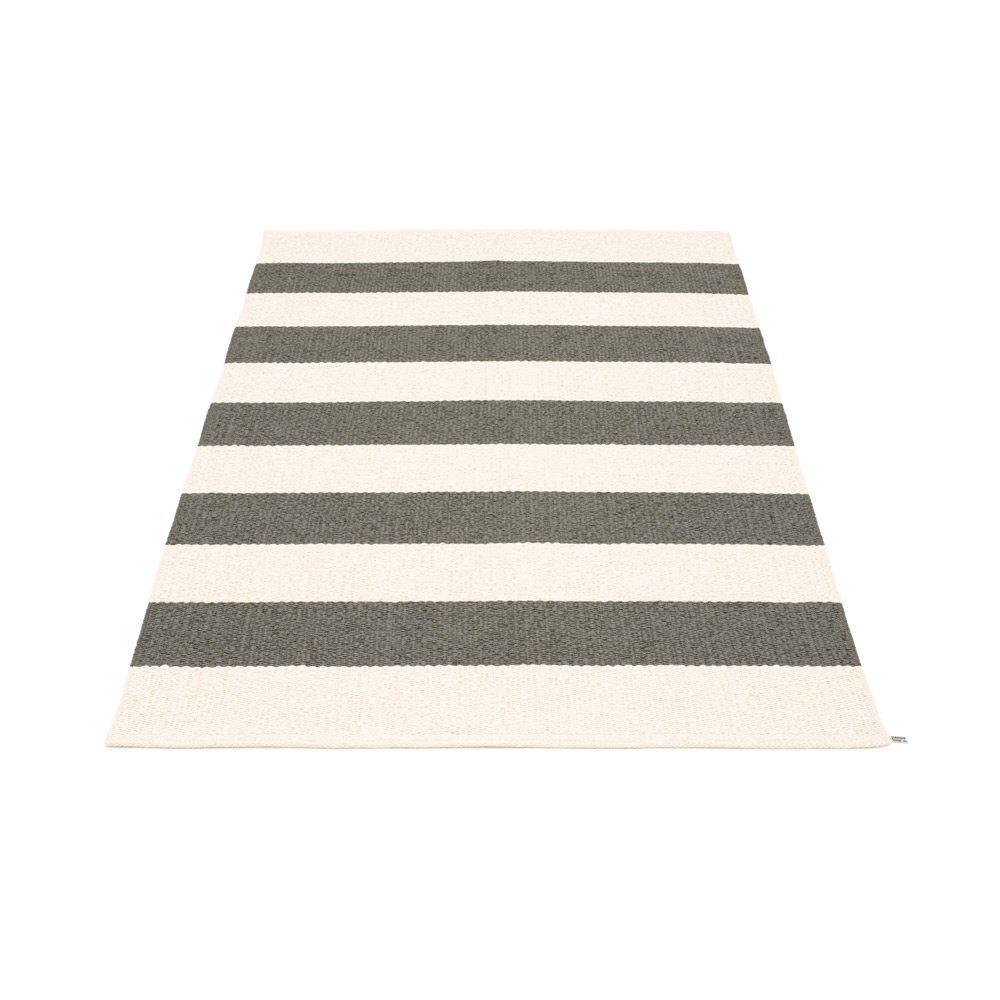 Pappelina – Vloerkleed Big Bob 140 x 220 cm