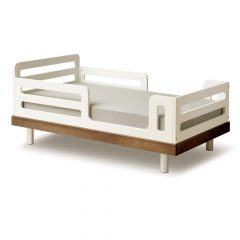 Oeuf NY Toddler bed Classic in walnut