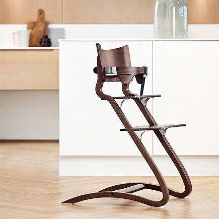 Leander Classic Safetybar Highchair Walnut
