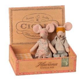 Maileg – Vader & Moeder Muis – Muizen in Sigarendoosje