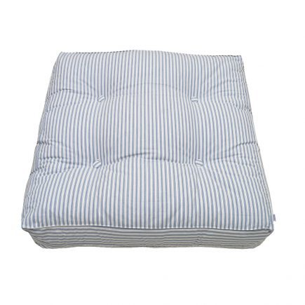oliver-furniture-vloerkussen-blue-striped