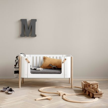 Oliver Furniture Wood 041613 bench