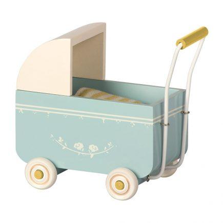 maileg-kinderwagen-my-blauw